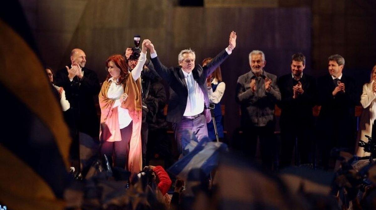 Estamos contentos, alegres y optimistas — Cristina Fernández