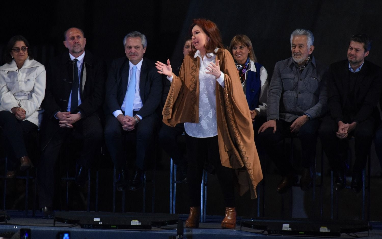 Cristina votó en Río Gallegos y no habló con la prensa