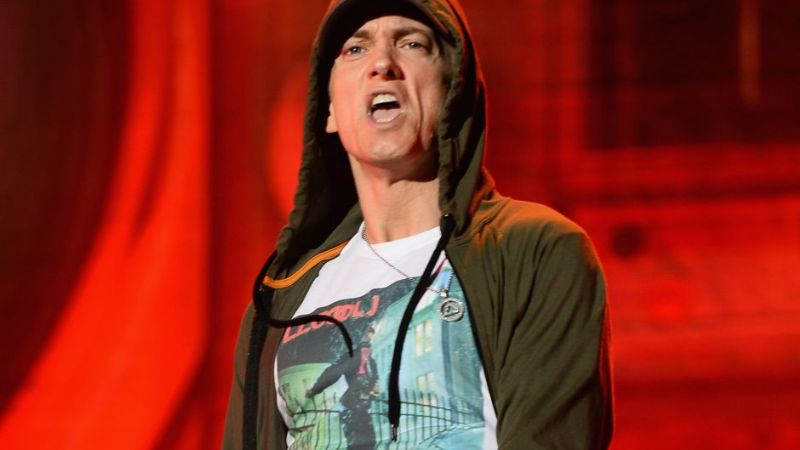 "Eminem explotó contra Netflix por la cancelación de ""The Punisher"""