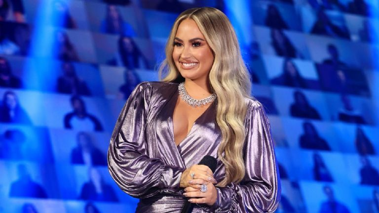 Demi Lovato se atrevió a un radical cambio de look