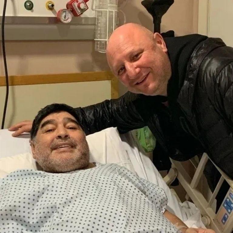 Grave denuncia contra el entorno de Diego Maradona: