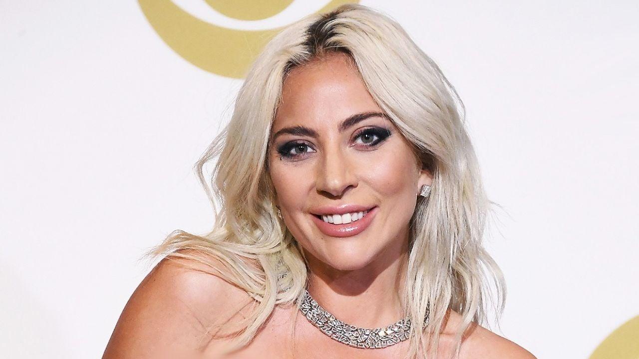 Wow Qué Se Hizo En La Cara Así Lucía El Novio De Lady Gaga Antes De Operarse Y Bajar De Peso Minuto Neuquen