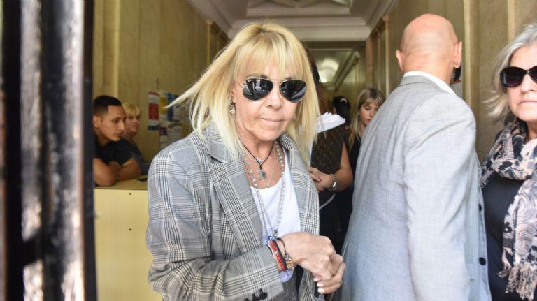 Claudia seguirá siendo investigada por evasión tributaria — Cachetazo