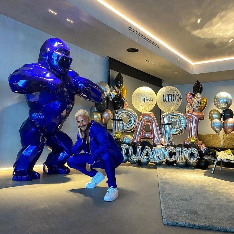 Maluma interrumpe una boda en Hawái