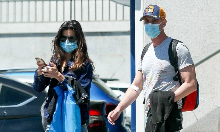 Dani Rovira muestra una estremecedora foto de su tratamiento en el hospital