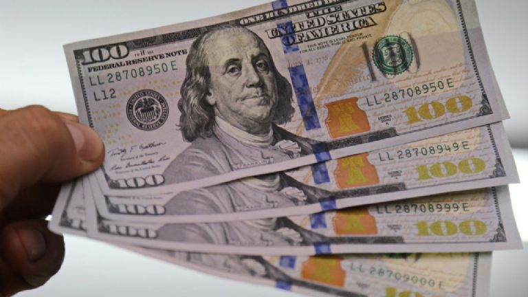 Precio del Dólar Blue: ¿Cuánto cotiza hoy?