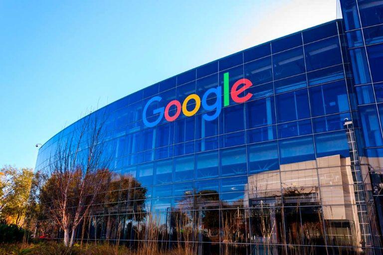 Google anuncia que trabaja para operar con energía limpia en todo el mundo para 2030