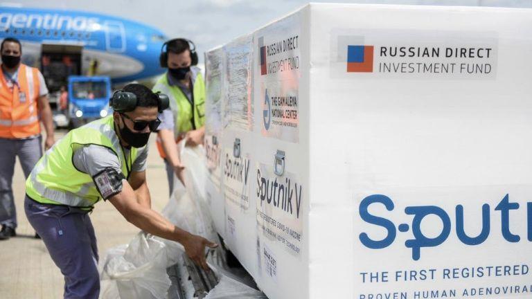 El domingo saldrá otro avión con rumbo a Rusia: traerá 600.000 dosis más de la Sputnik V - Actualidad | La Gaceta